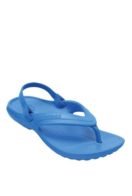 d2be3cfa0073 Buy Crocs Kids Classic Ocean Blue Back Strap Flip Flops for Boys at Best  Price   Tata CLiQ