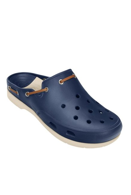 885f6ea0512c6 Buy Crocs Beach Line Navy   Stucco Mule Clogs for Men at Best Price   Tata  CLiQ