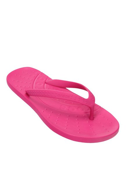 aae8bdd20371 Buy Crocs Chawaii Fuchsia Thong Flip Flops for Men at Best Price ...