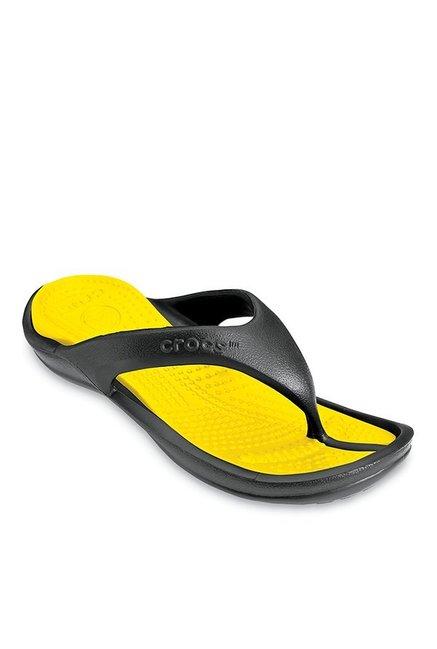 4f33a97331db Buy Crocs Athens II Black   Yellow Flip Flops for Men at Best Price   Tata  CLiQ