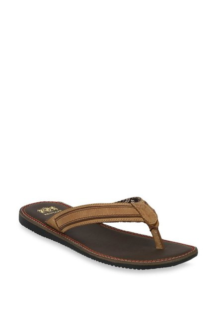 f3abe2114e9a Buy Red Tape Tan Thong Sandals for Men at Best Price   Tata CLiQ