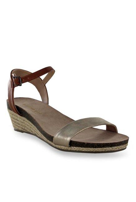 fca872895c5 Buy Steve Madden Joeii Golden Ankle Strap Espadrille Wedges for Women at  Best Price   Tata CLiQ