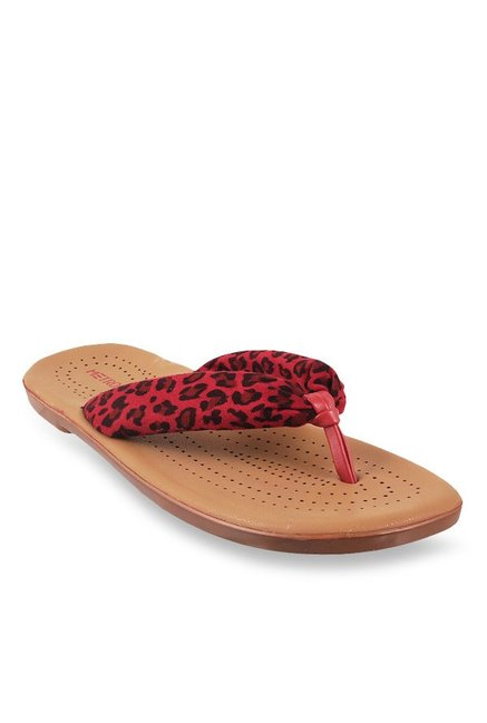 bd009e83d Buy Metro Red   Black Thong Sandals for Women at Best Price   Tata CLiQ