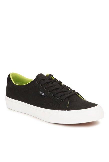 96080b292041 Buy Vans Classics Court Black   Green Glow Sneakers for Men at Best Price    Tata CLiQ