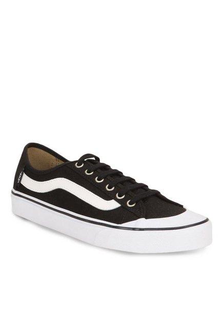 875cc4122db Buy Vans Surf Black Ball Sf Black   White Sneakers for Men at Best Price    Tata CLiQ