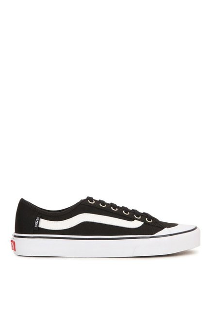 c0287901ab9 Buy Vans Surf Black Ball Sf Black   White Sneakers for Men at Best ...