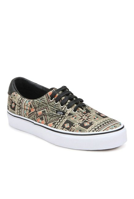 Buy Vans Classics Era 59 Black   Ivy Green Sneakers for Men at Best Price    Tata CLiQ c57a11545