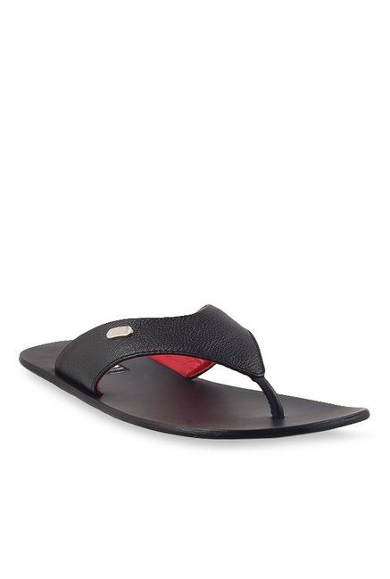 b2cdee618d96 Buy Signature by Metro Black Thong Sandals for Men at Best Price   Tata CLiQ