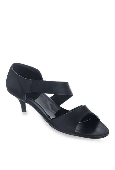 e7f55ec5650 Buy Sherrif Shoes Black Casual Sandals for Women at Best Price   Tata CLiQ