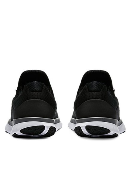 eba494bab5ddf Buy Nike Free Trainer V7 Black Training Shoes for Men at Best Price ...
