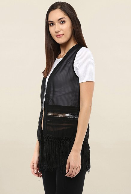 109 F Black Sleeveless Shrug