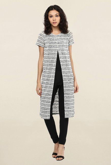 109 F Black & White Striped Tunic