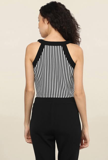 109 F Black & White Striped Crop Top
