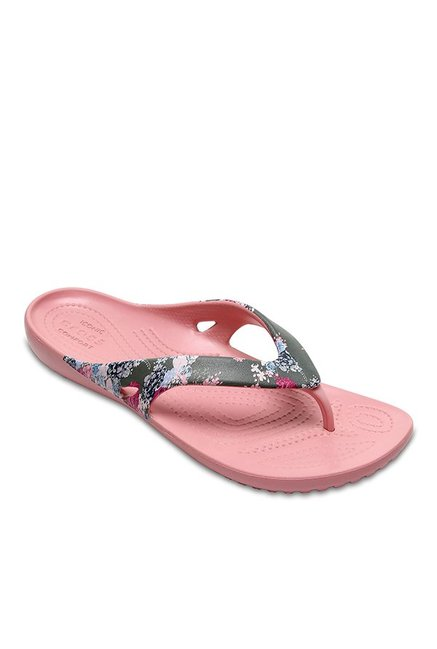 067700b10be8 Buy Crocs Kadee II Dark Grey   Cashmere Rose Flip Flops for Women at Best  Price   Tata CLiQ