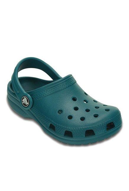 b1e701447 Buy Crocs Kids Classic Juniper Back Strap Clogs for Boys at Best ...