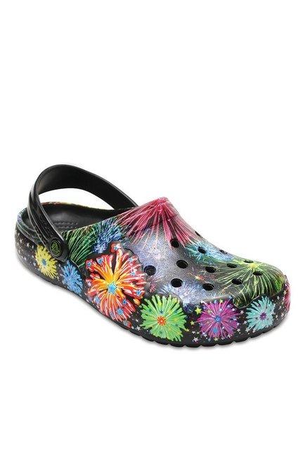 81b120c19e791 Buy Crocs Crocband Fireworks Multicolored Back Strap Clogs for Men at Best  Price   Tata CLiQ