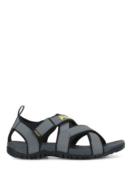 c6f904be34b4 Buy Fila Pacific II Grey   Black Floater Sandals for Men at Best ...