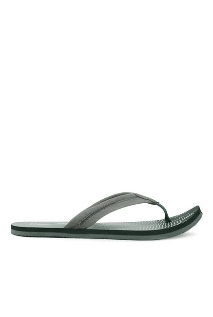 bd8212815 Buy Reebok Grey   White Flip Flops for Men at Best Price   Tata CLiQ