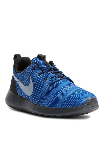 brand new 2c9d4 b4068 Buy Nike Roshe One Print Blue  Black Training Shoes for Men at Best Price   Tata CLiQ