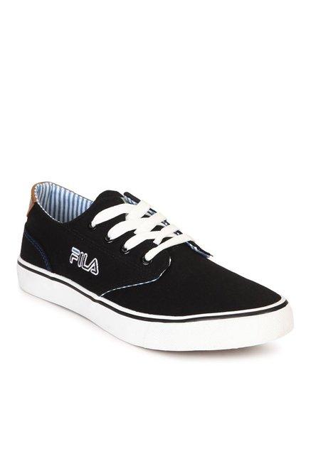 6703ee101c31 Buy Fila Farli Walk Plus 4 Black Sneakers for Men at Best Price ...