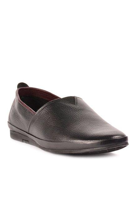 0be7e51125a Buy Steve Madden John Black Slip-Ons for Men at Best Price @ Tata CLiQ