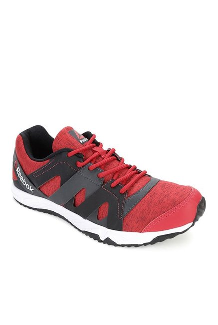 Buy Reebok Run Essence Red   Grey Running Shoes for Men at Best ... 153350e03