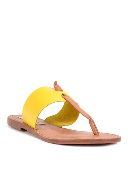 6a34bc420e1c Buy Steve Madden Olivia Yellow T-Strap Sandals for Women at Best Price    Tata CLiQ