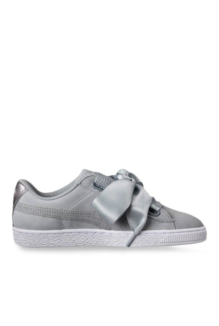 online retailer cfebe 654e6 Buy Puma Basket Heart Quarry Sneakers for Women at Best ...