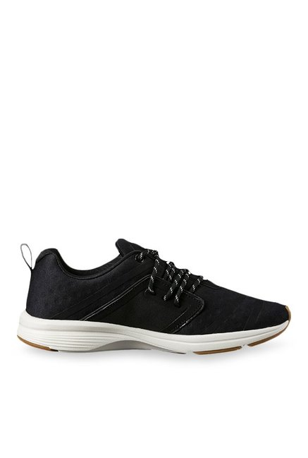 38ccd15c1d8 Buy Puma Pulse Ignite XT VR Black Training Shoes for Women at Best Price    Tata CLiQ