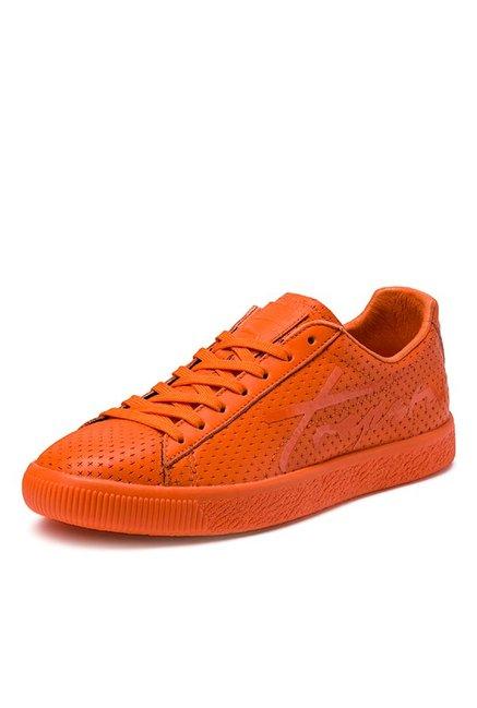 sale retailer d5c08 fb800 Buy Puma Clyde Trapstar Poppy Orange Sneakers for Men at ...