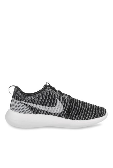 5e12c9626ac3 Buy Nike Roshe Two Flyknit Grey   Black Running Shoes for Men at Best Price    Tata CLiQ