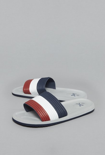 7b0069f119a Buy SOLEPLAY by Westside Navy Sliders For Men Online At Tata CLiQ