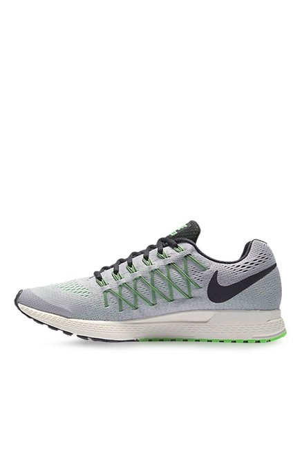 plus récent ba69b d0501 Buy Nike Air Zoom Pegasus 32 Light Grey Running Shoes for ...