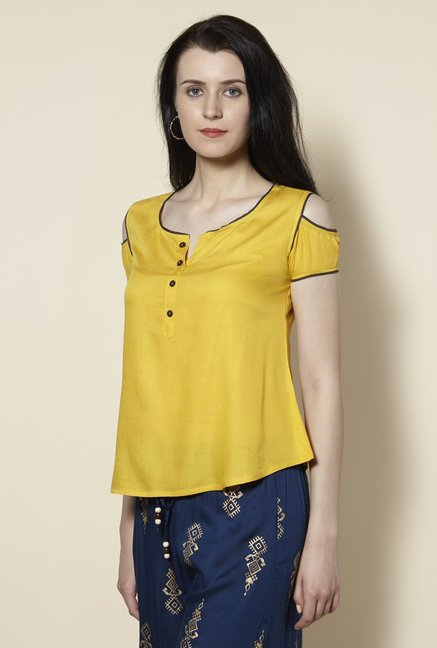 Zudio Yellow Slim Fit Cold-shoulder Kurti
