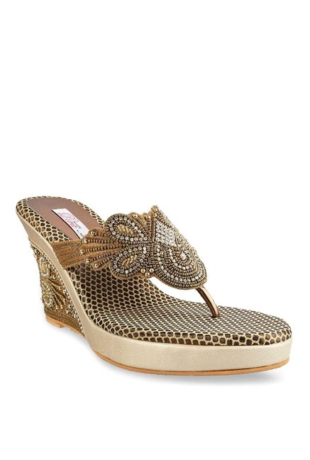 a8dc291e0 Buy Haute Diva by Mochi Antique Gold Thong Wedges for Women at ...