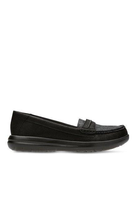 950d089a6de Buy Clarks Jocolin Maye Black Loafers for Women at Best Price   Tata CLiQ