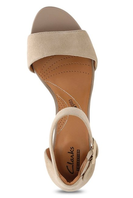 3aa223266c0 Buy Clarks Deva Mae Sand Ankle Strap Sandals for Women at Best Price ...