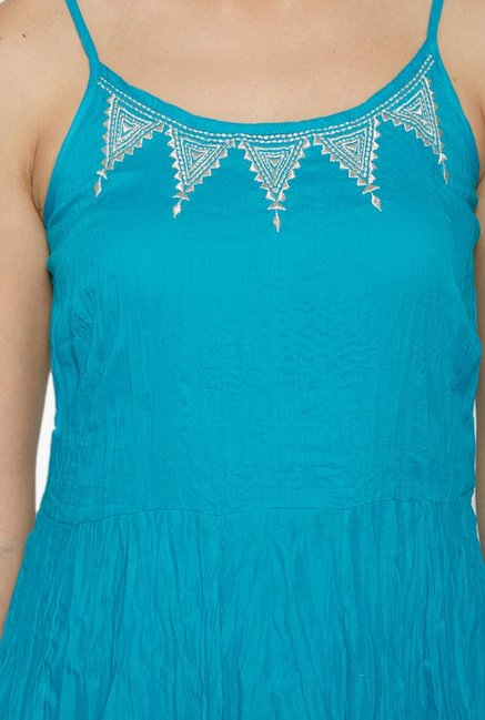 Globus Blue Embroidered Cotton Kurta