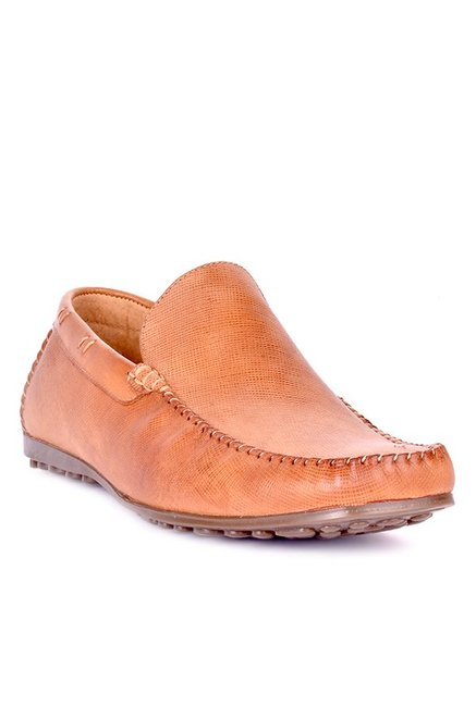 1a1be52c83c Buy Steve Madden Perkens Tan Loafers for Men at Best Price   Tata CLiQ