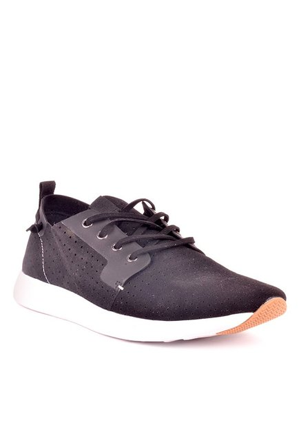 9e99b26ff4b Buy Steve Madden Brixxon Black Sneakers for Men at Best Price   Tata CLiQ