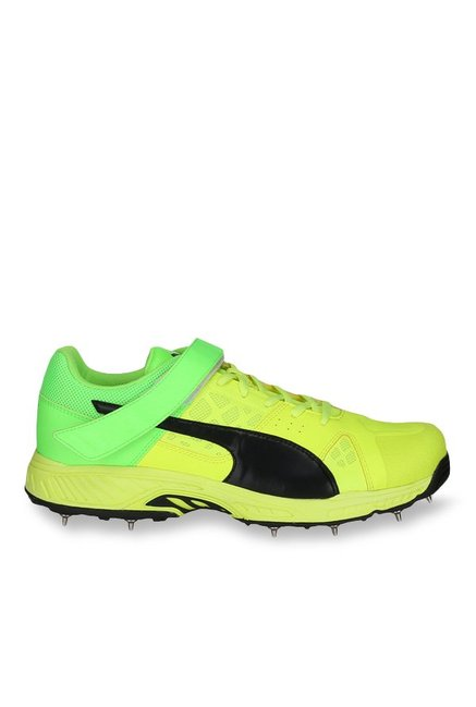 4786d74e1fce Buy Puma evoSPEED Safety Yellow & Green Gecko Cricket Shoes for Men at Best  Price @ Tata CLiQ