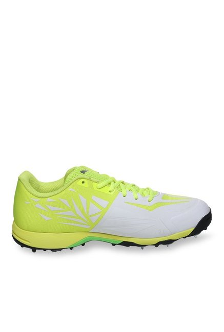 1699099b18e Buy Puma evoSPEED 1.5 White   Safety Yellow Cricket Shoes for Men at Best  Price   Tata CLiQ