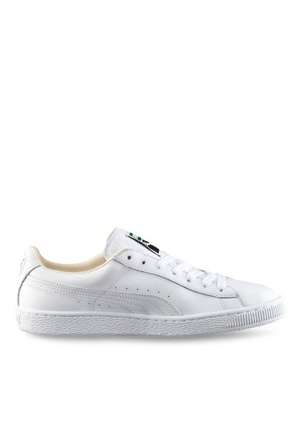 on sale 53223 58dfd Buy Puma Basket Classic LFS White Sneakers for Men at Best ...