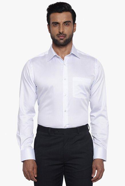 44eabdd605b Buy Raymond Supima White Cotton Slim Fit Shirt for Men Online   Tata CLiQ .