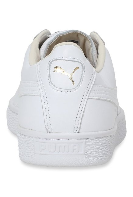 on sale 1e717 8c2d2 Buy Puma Basket Classic LFS White Sneakers for Men at Best ...