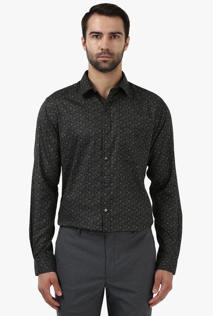 a25b662d0 Buy Park Avenue Black Cotton Printed Shirt for Men Online   Tata CLiQ