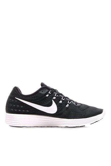 separation shoes 7660d 60bbd Buy Nike Lunartempo 2 Black Running Shoes for Men at Best ...