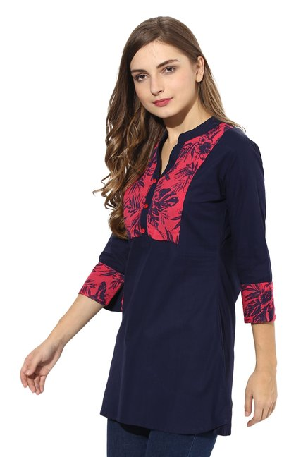 Mytri Navy Printed Cambric Straight Kurti