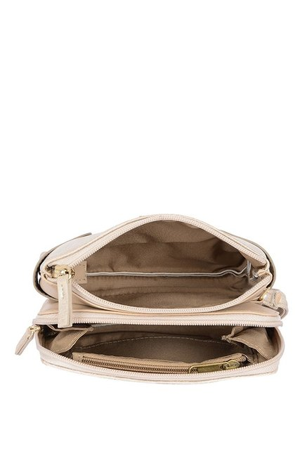 Baggit Posh Champagne Gold Distressed Wristlet