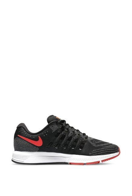 b7cfbe4243370 Buy Nike Air Zoom Vomero 11 Black Running Shoes for Men at Best Price    Tata CLiQ